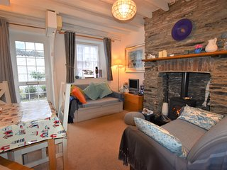 Cosy 2 Bedroom Cottage Sleeping 4 Perfectly Situated In The Centre Of Aberdovey