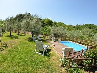 Falciano Villa Sleeps 5 with Pool and WiFi - 5247708
