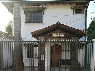 Villa Amalia . 3 bedrooms spacious private home close to Asuncion