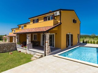 3 bedroom Villa with Pool, Air Con and WiFi - 5801221