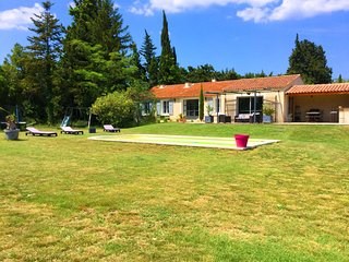 LS1-343 GAMARO - Beautiful rental with pool and great garden in Mouries,8sleeps