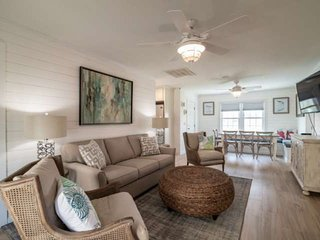 5 Min Walk to Beach, Newly Renovated Marshfront Home w/ Front Porch Seating, Wif