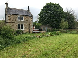 Lovely rural Cottage close to Hadrian's Wall and near Hexham.