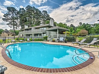 NEW! Lakefront Hot Springs Condo w/ Dock & Balcony