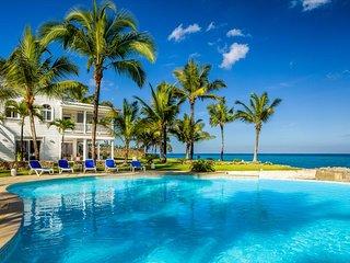 Casa Tara - Amazing Oceanfront 2 Storey Villa 180 Degree View
