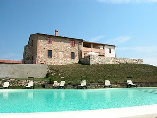 Asciano Apartment Sleeps 4 with Pool and WiFi - 5247555