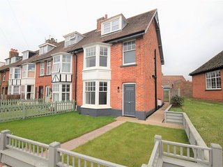 75160 House situated in Mundesley