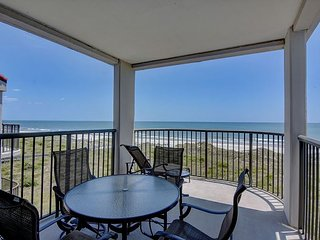 DR 2409 -  Enjoy the pool, tennis and the beach from this oceanfront condo