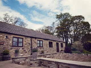 HIGH THEARNS, views, WiFi, near Middleton in Teesdale
