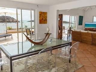 Luxury 3 bedrooms Apartment ' Oceane' with Sea View in Saint-Martin
