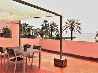 VISTAMAR 2 : Con gran terraza, primera linea, frente a la playa de la Fragata