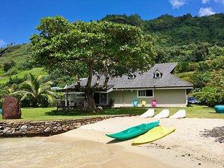 Villa Ohana Moorea - Deluxe Villa with Private Beachfront