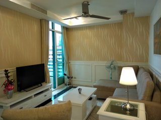 fully equipped apartment with balcony with bay view