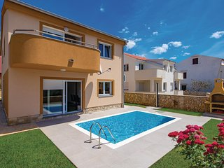 Nice home in Pag w/ Outdoor swimming pool, Outdoor swimming pool and 3 Bedrooms