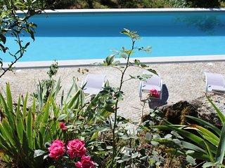 Landhuis Lugar do Pego, ideaal voor groep 10p, 4 ruime slaapkamers met bergzicht