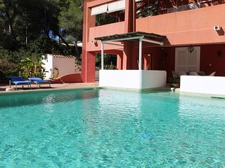 Casas Playas Villa Sleeps 8 with Pool Air Con and Free WiFi - 5802374