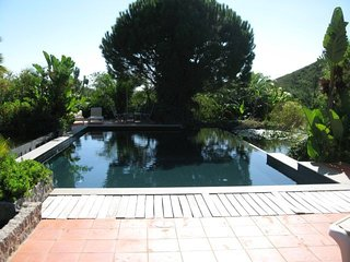 4 bedroom Villa with Pool and WiFi - 5718215