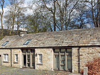 The Coach House, Beautiful 4 bedroom Peak District Cottage