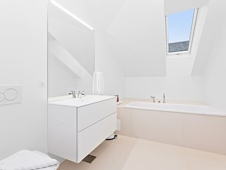 Styles Chic 4BR Apartment in Copenhagen