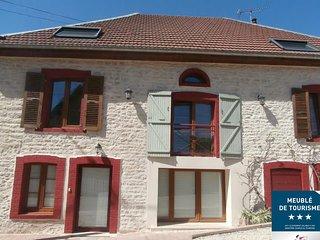 Gîte maison 1 - 5 personnes 'Entre sources et riviere' 10 minutes de Besançon