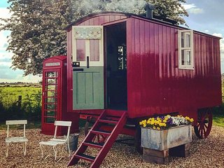 Horton Huts Vintage Glamping In The Heart Of Wiltshire