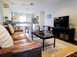 Two Bedroom Waco Condo Convenient to Everywhere!