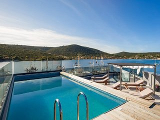 Modern Beachfront Luxury Villa, in Dalmatia
