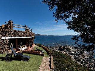 3 bedroom Villa with Air Con and WiFi - 5802479