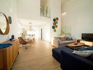 VILLA ALVAR- Diseño único. Oasis de tranquilidad con Piscina privada.