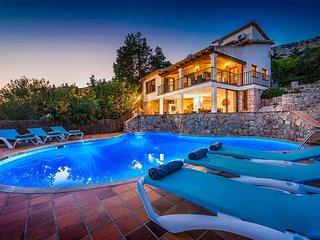 Casa Mir