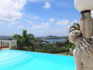 Le Colibri : T3 de haut standing - Piscine et sublime vue mer