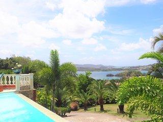 Le Cocotier : T3 de haut standing - Piscine et Sublime vue mer