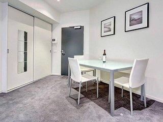 Readyset City Road - 1 bedroom apartment