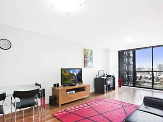Readyset City Tower - 1 Bedroom Apartment