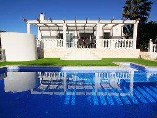 Chalet con piscina privada (10 personas)