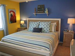 Lazy Days W-09 - 3 Bedroom Waterfront Condo
