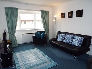 Ideal central Edinburgh location with free on-site parking