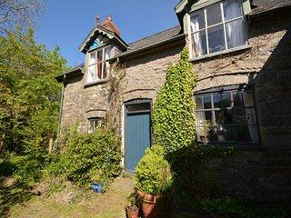 75166 Cottage situated in Bont Dolgadfan