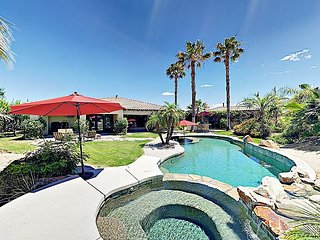 Luxe Resort-Style Gated 4BR w/ Casita - Pool, Hot Tub, Fire Pit & Billiards