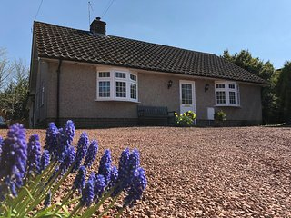 Woodfield Cottage, Central Village Location in the heart of Northumberland