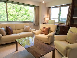PREMIUM-LUXURIOUS 2BR AT AZABUJUBAN