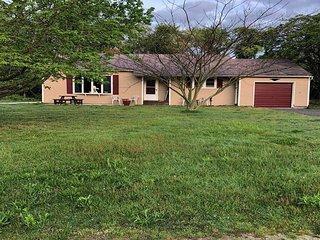 1084 Shunpike Road - Cottage at Shunpike Pond 140745