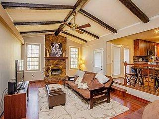 Enjoy the centrally located Mcfadyen Guest House