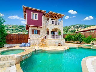 Fairytale Villa, in the heart of Lefkas town and Agios Ioannis beach!On offer!!!