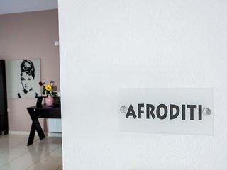 Mythos Apartments - Afroditi