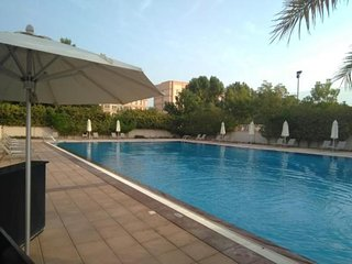 Mina Al Arab apartment with pool and beach