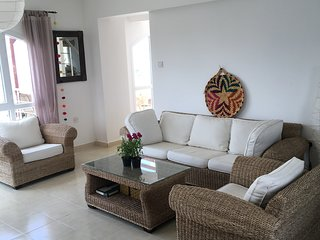 Spacious Duplex Penthouse Apartment Great Views To The Sea -2 large terraces!
