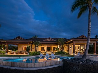 Pu'u Kole Estate (106) - Decadent Luxury Home w/Infinity Pool & Spa