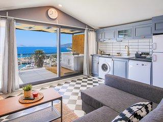 Nice Sea View Apartment