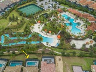 6 Bedroom Villa Solterra Resort, Backing onto Lazy River & Water Slide Orlando